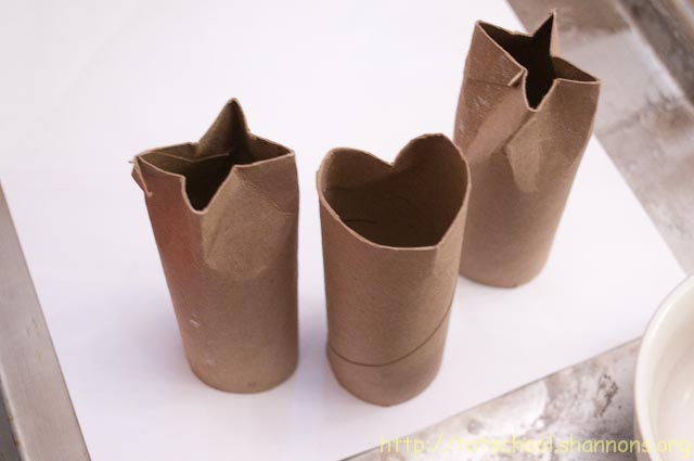 Recycled Market: Repurposed Toilet Paper Roll Craft